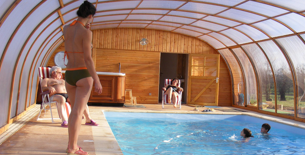 tykern lodge in brittany : warm pool all the year