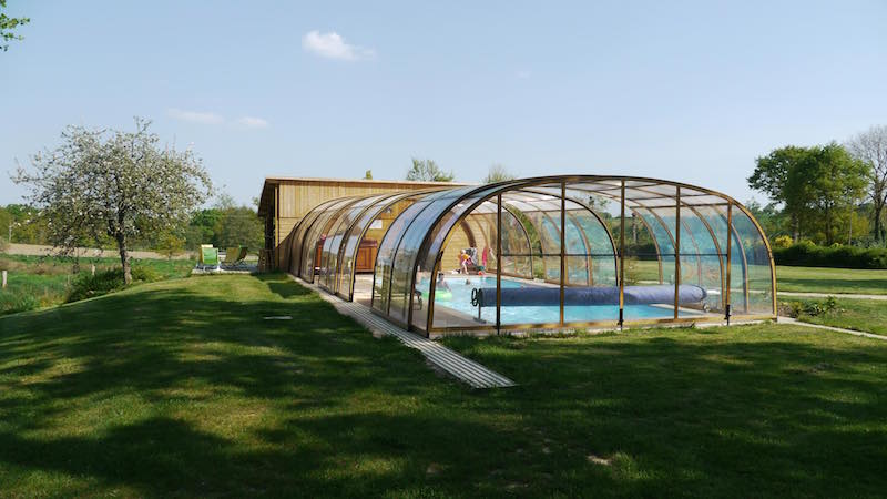 Piscine en bretagne sauna et jacuzzi en bretagne for Camping ille et vilaine piscine couverte